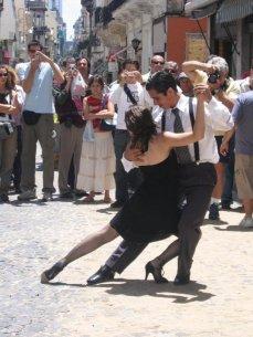 Tango_au01